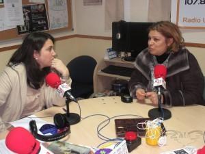 Conversación en Radio 21 con otras invitadas al programa Menudo Castillo